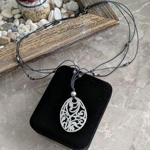 Hammered design Necklace